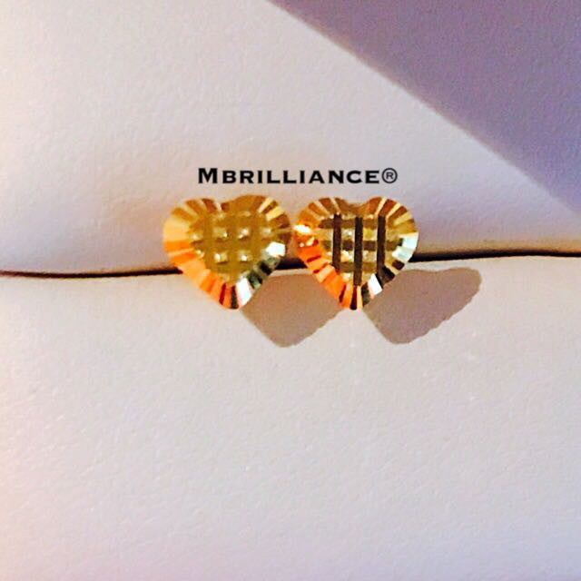 Square cut hearts earstuds 916 Gold by Mbrilliance