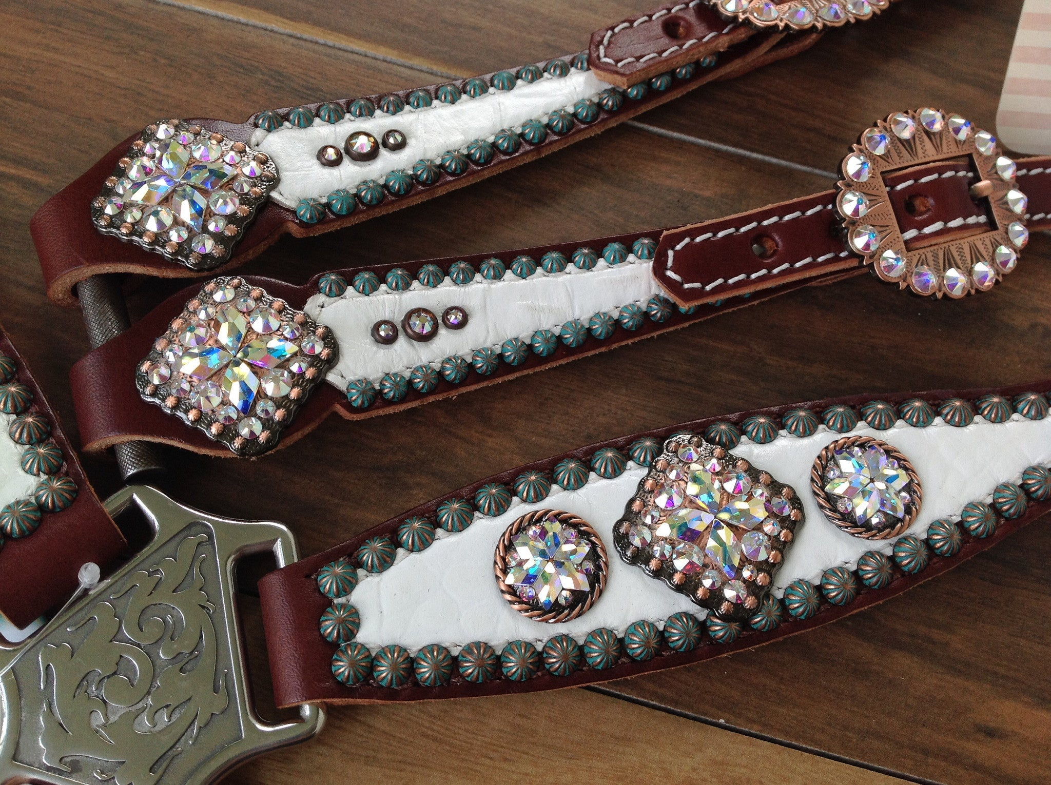 White Gator with Beautiful Conchos.