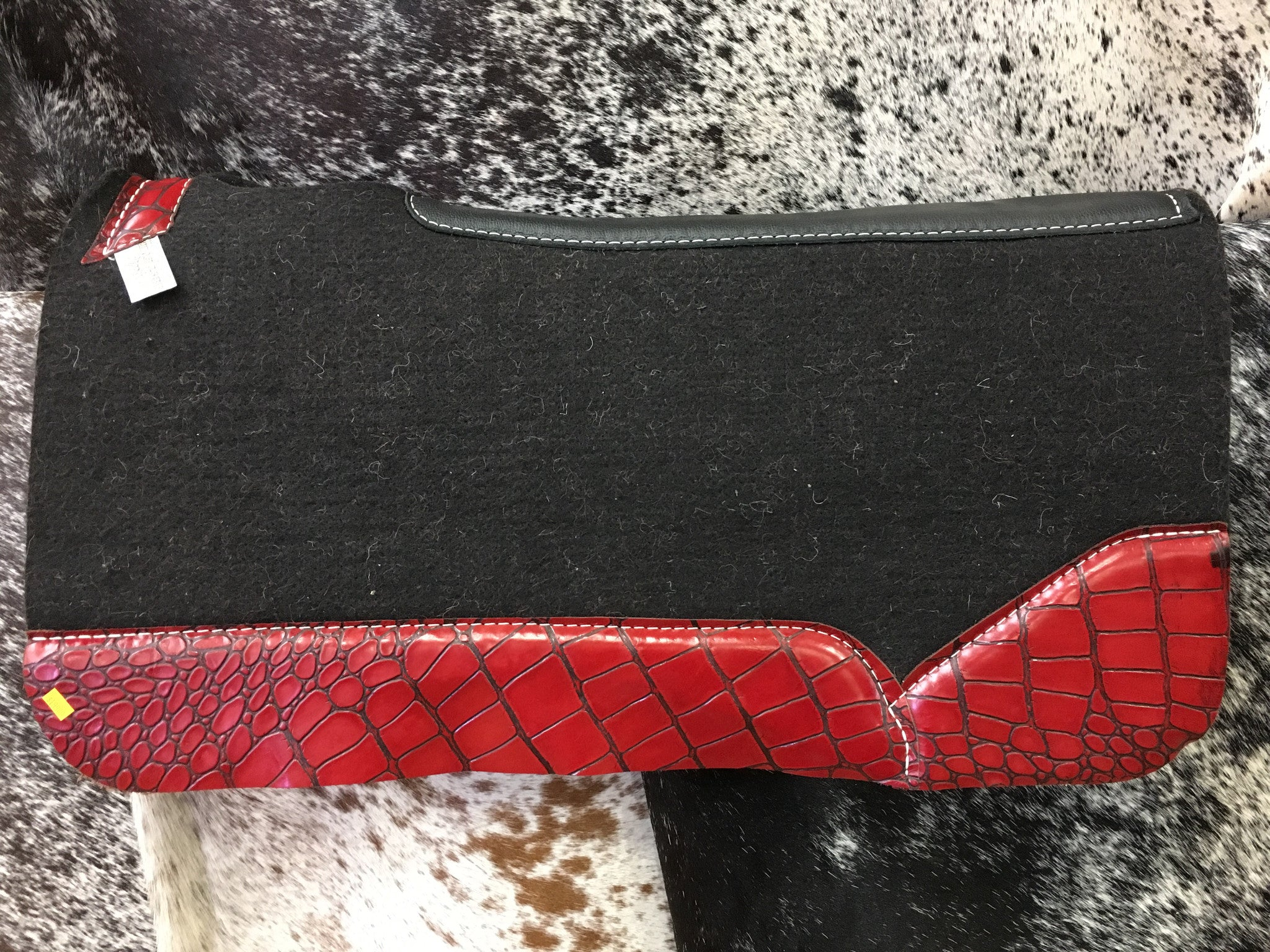 Best ever saddle pad with red monster gator wear leathers.