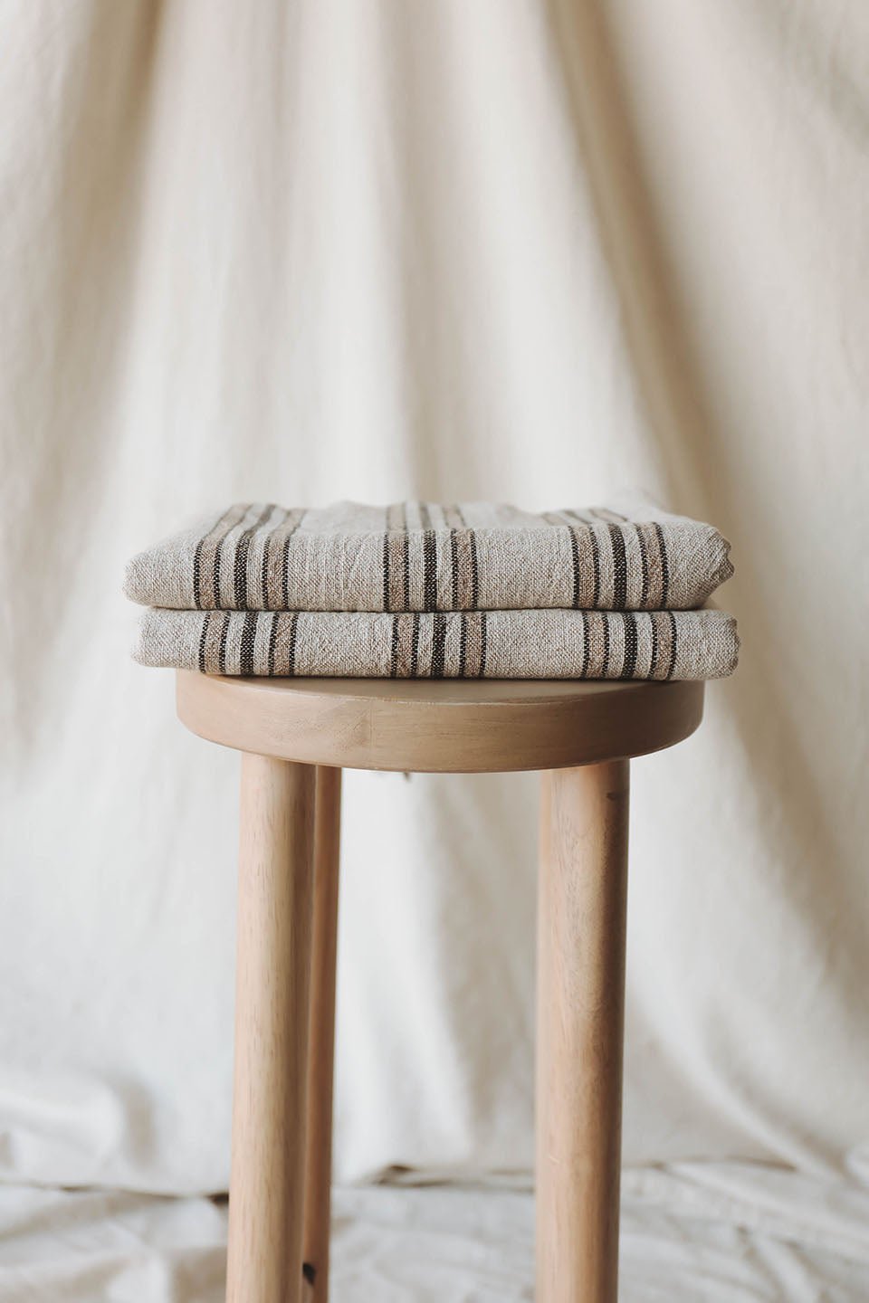 Emine Handwoven Linen Towel collection