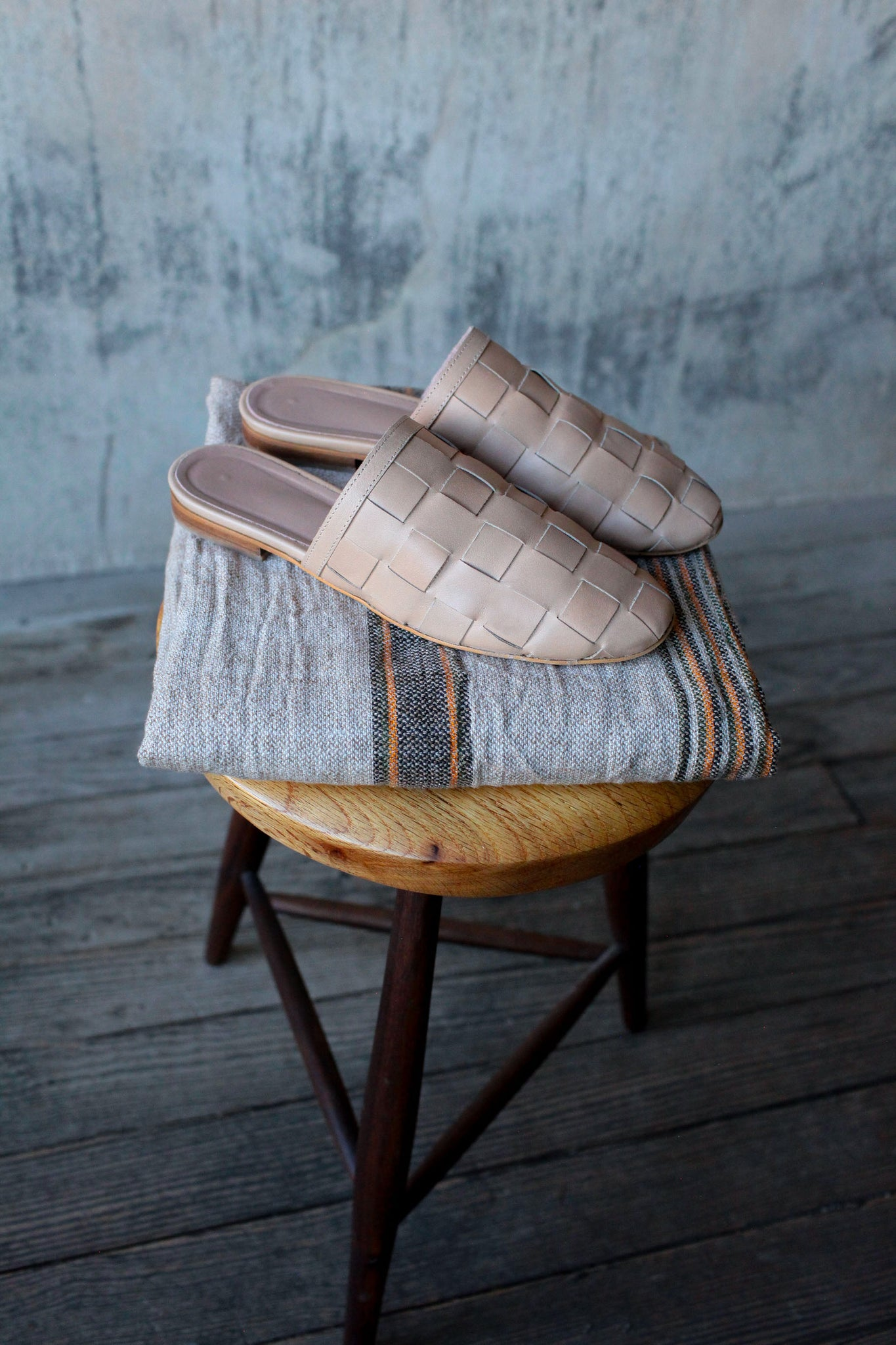 Natural Tan Woven Slipper