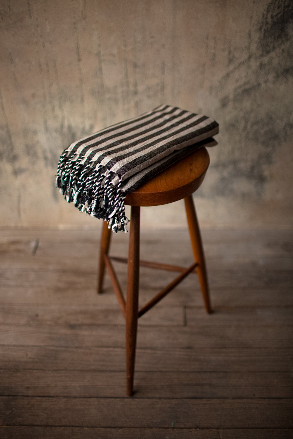 Sinoh Handwoven Linen Towel Collection