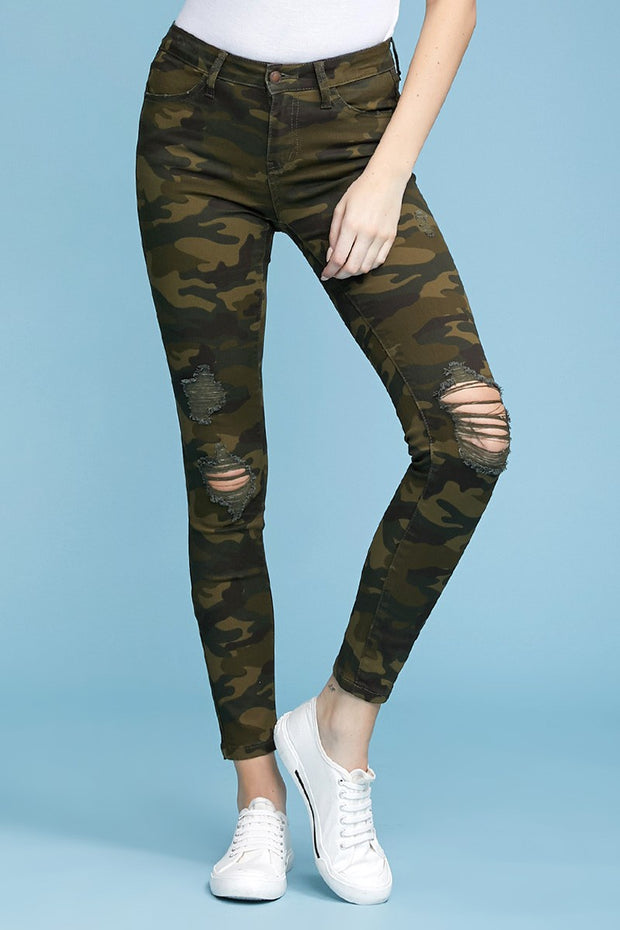 [ JUDY BLUE ] Sergeant Distressed Jeans - Camo Denim