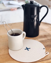 Load image into Gallery viewer, Rope X Trivet Cobalt
