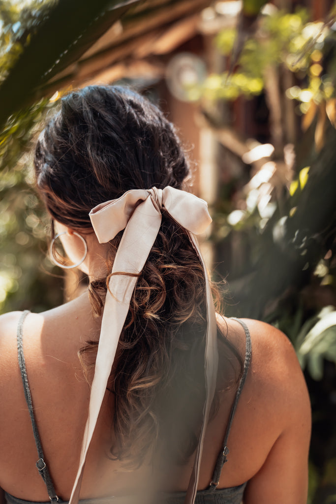 La couette / The Multifunctional Hair Accessory