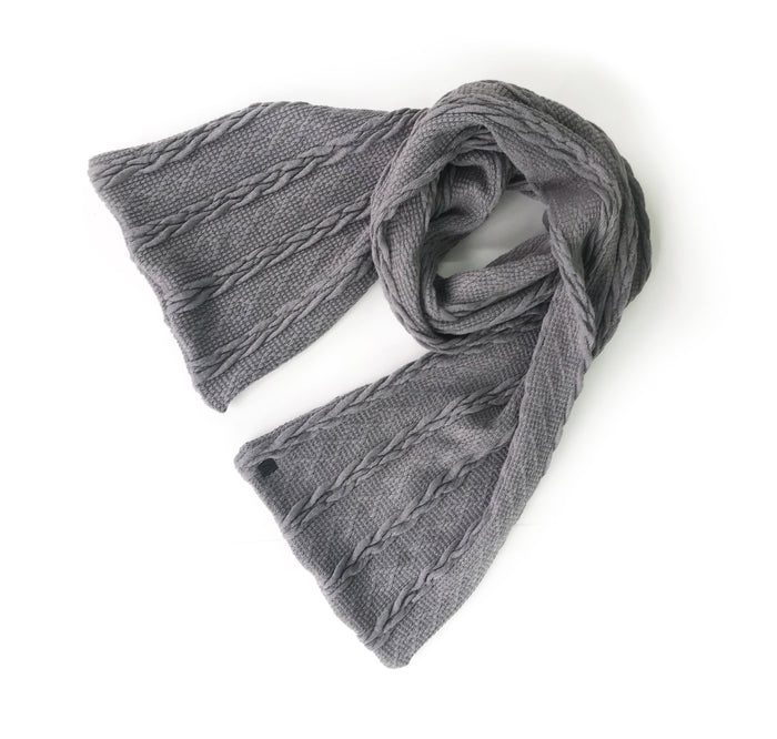 Le foulard tressé / The Braided Knit Scarf