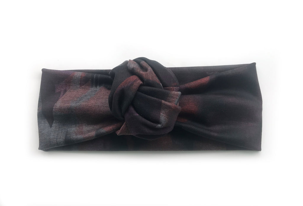 Bandeau à noeud floral noir / The Black Floral Knotted Headband