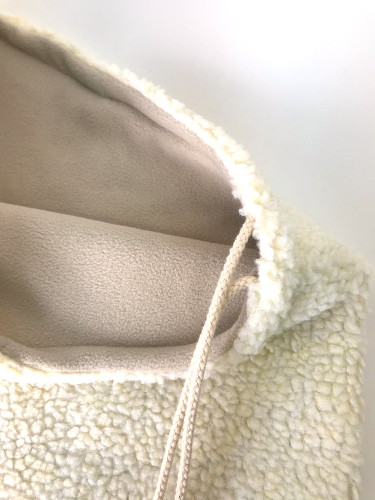 Le col capuche molletonné crème  / The Cozy Hooded Neckwarmer in cream