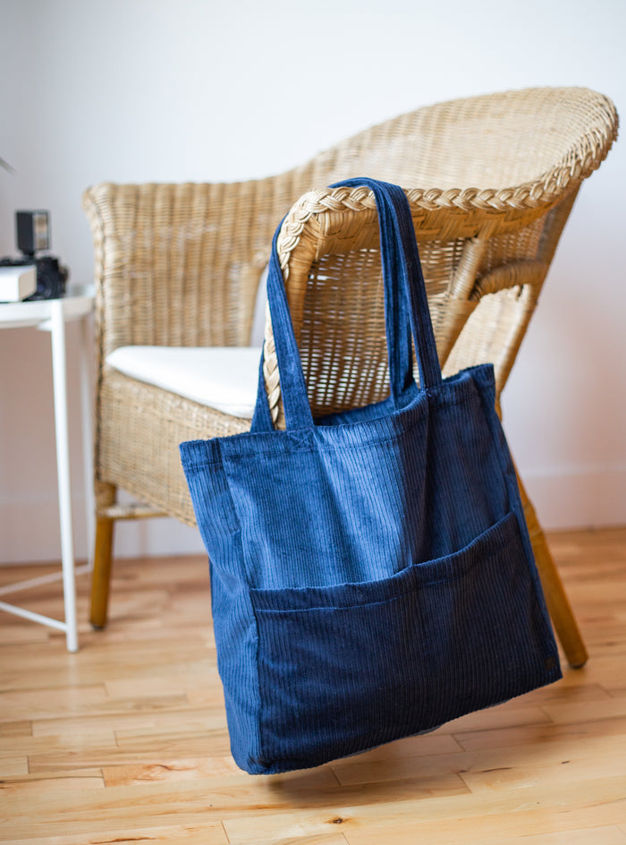 Le Sac fourre-tout à 3 poches / The 3 Pockets Tote Bag