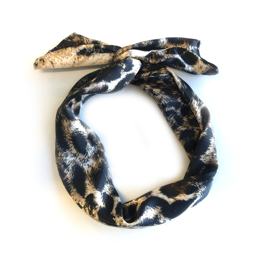 Le bandeau à torsader édition léopard / The Leopard Pattern Edition of the Twisted Headband