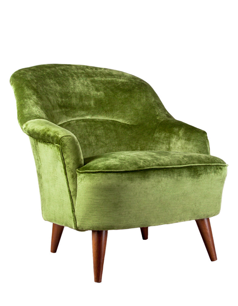 New Pinta Armchair in Loriano Laurel Velvet