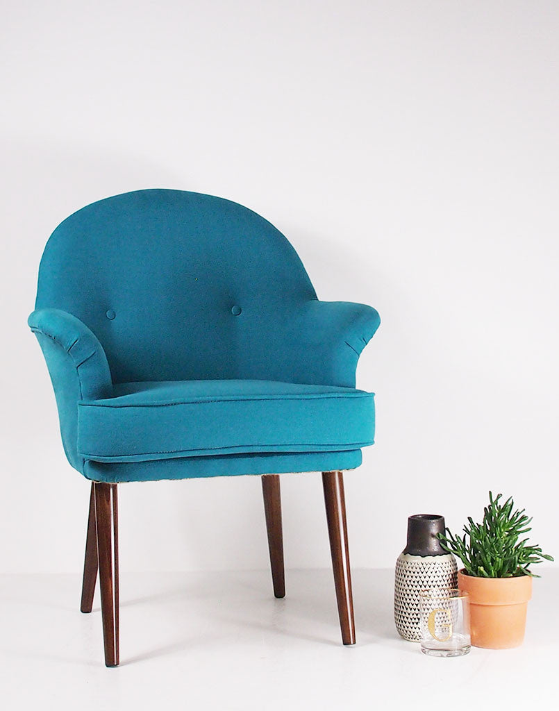 Galapagos New Vintage Style Beck Chair In Manzoni Aqua Blue