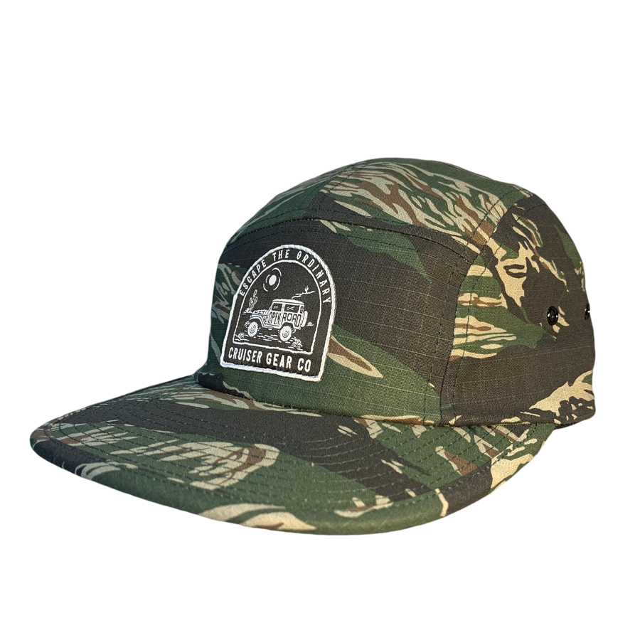 ESCAPE THE ORDINARY HAT - CAMO 5 PANEL