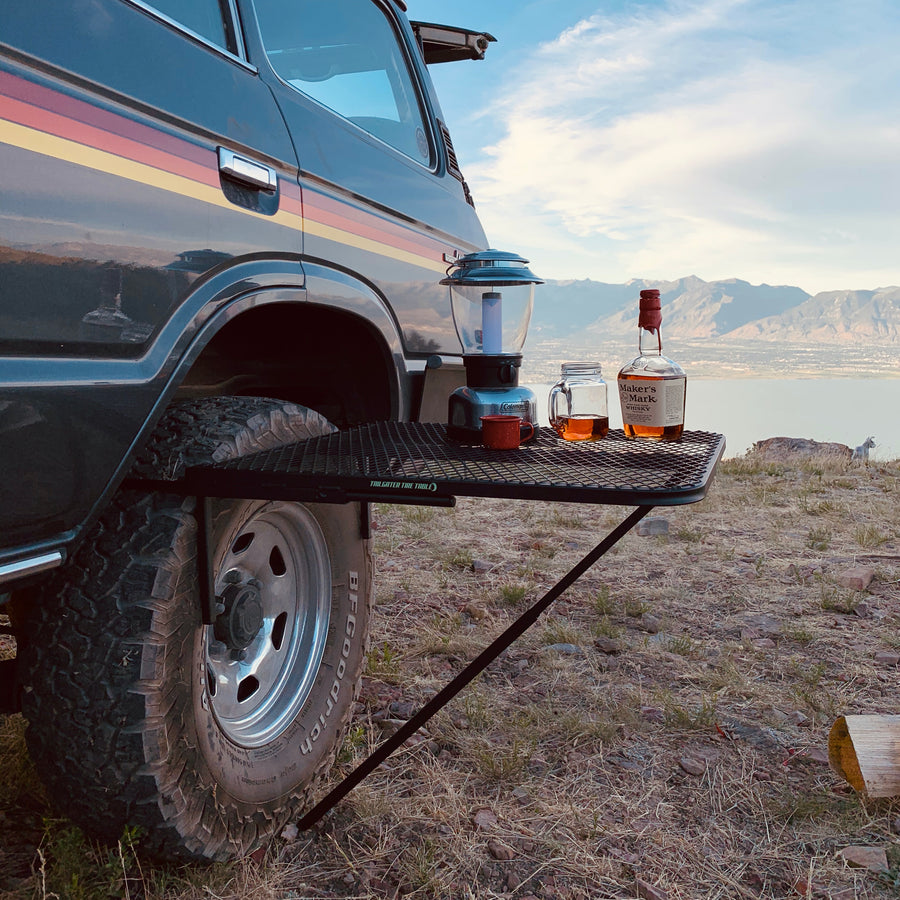 TAILGATER TIRE TABLE (STEEL)