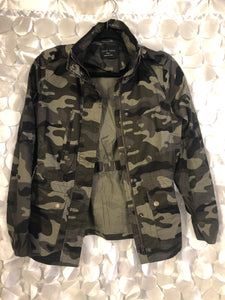 Camo Jacket w/tapered side