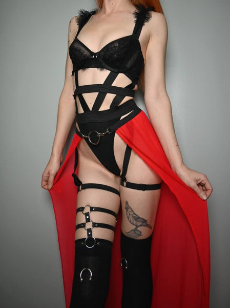 Widow Limited Edition skirt - optional clips or garter