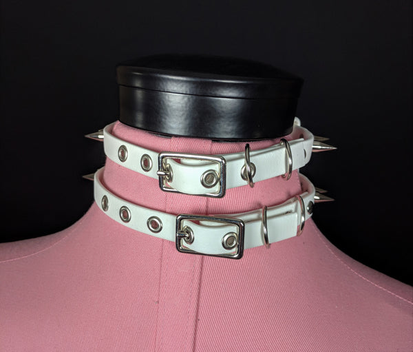Caden vegan biothane collar with spikes