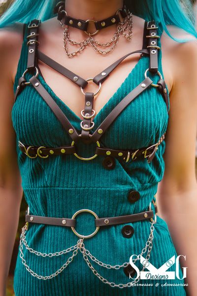 Billie vegan or leather chain belt
