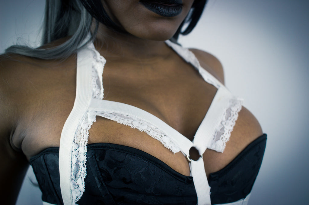 Angelique lace ruffle harness - KinkyGirly - 3