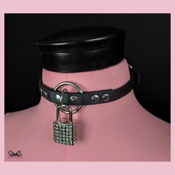 Circe collar - heart or rhinestone lock