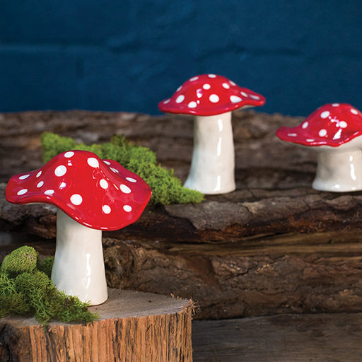 Adorable ceramic Mushrooms - Candlestock.com