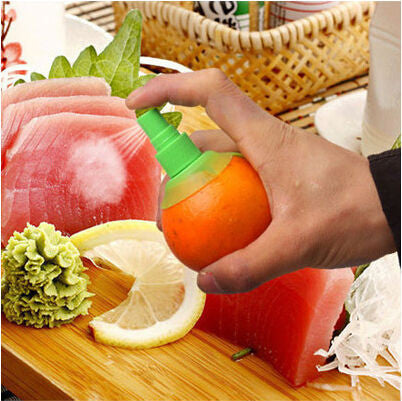 Special Sale Hand Juicer Eco-Friendly Plastic Lemon Juicer Citrus Squeezer Sprayer Great Kitchen helper Choice - GadgetSourceUSA