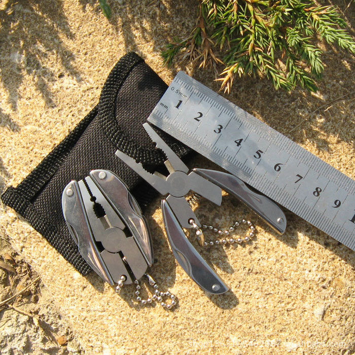 Multi Functional EDC Tool Adjustable Wrench Jaw + Screwdriver + Pliers + Knife Tool Set Survival Gear Tool