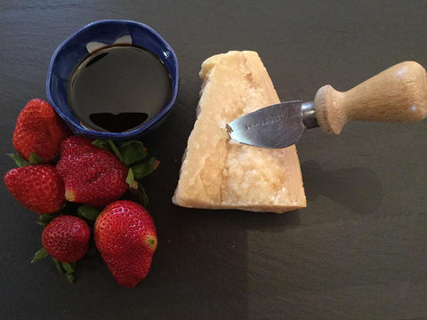 balsamic vinegar with parmesan and strawberries