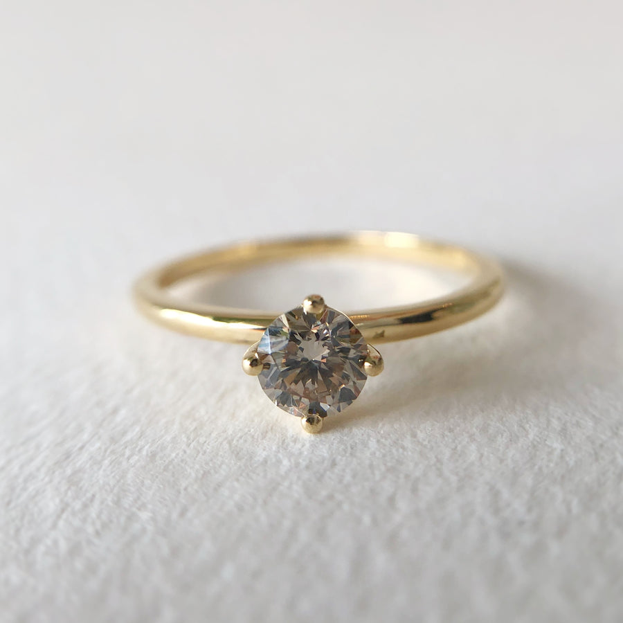 Cindy Ring w Champagne Diamond in Yellow Gold