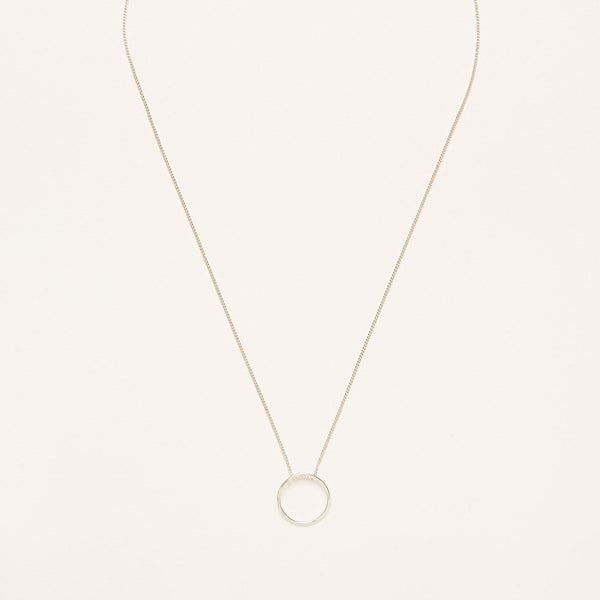 A 925 Sterling Silver Necklace with a Hammered Circle Charm