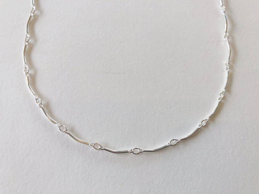Curve Bar Chain Necklace Silver