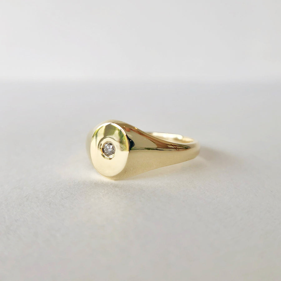 Small Oval 9ct Gold Signet Ring with Flush Set Diamond