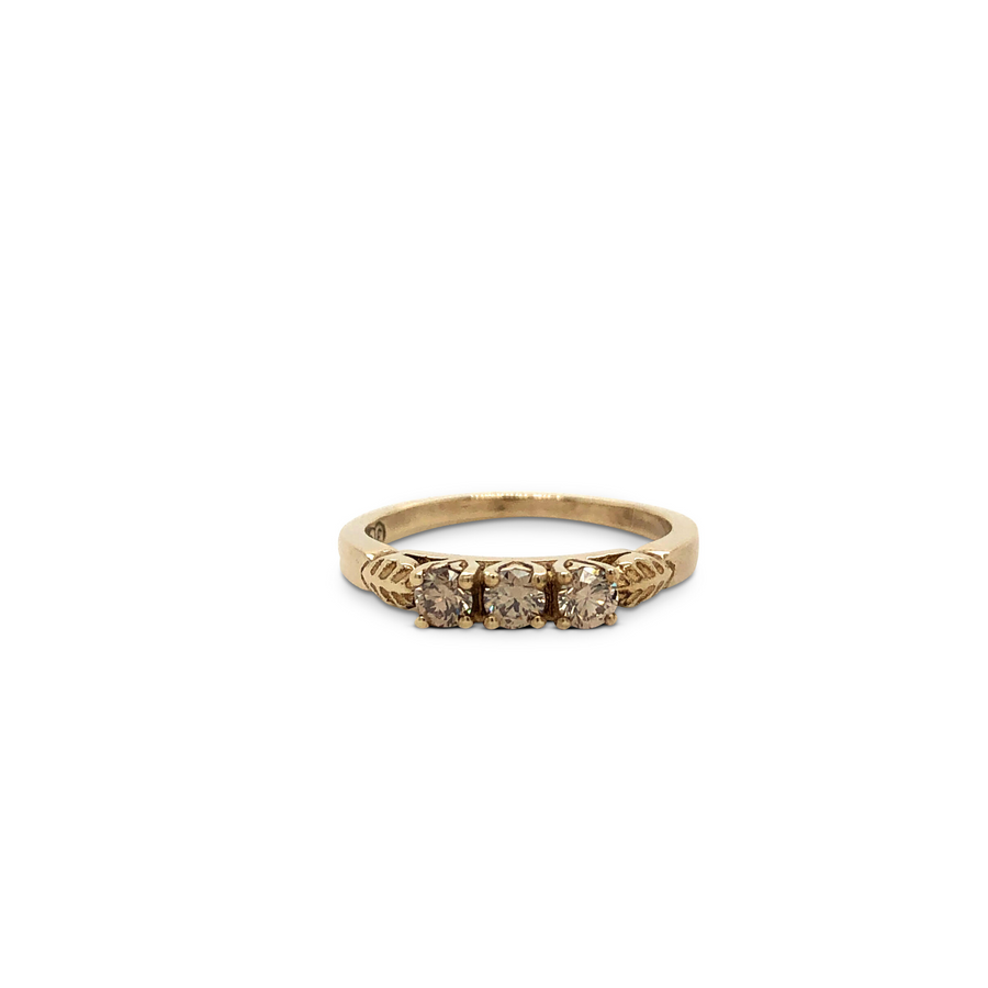 Ella Ring Yellow Gold with Diamonds