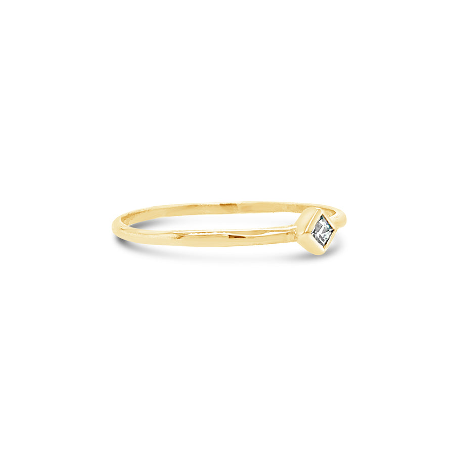 Joni Ring Yellow Gold with White Topaz
