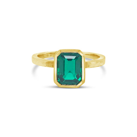 Scout Ring Yellow Gold with Emerald
