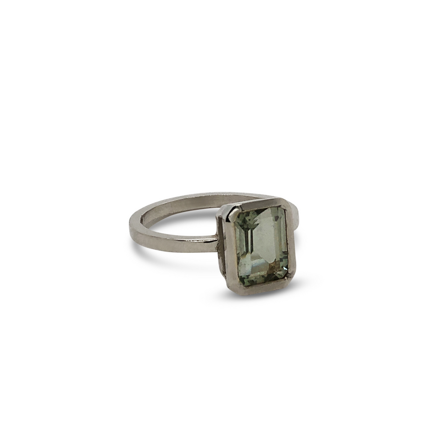 Scout Ring White Gold with Mint Quartz