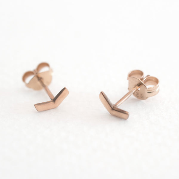 Little - Chevron Studs - Rose Gold