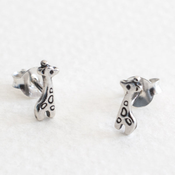 Little - Giraffe Studs
