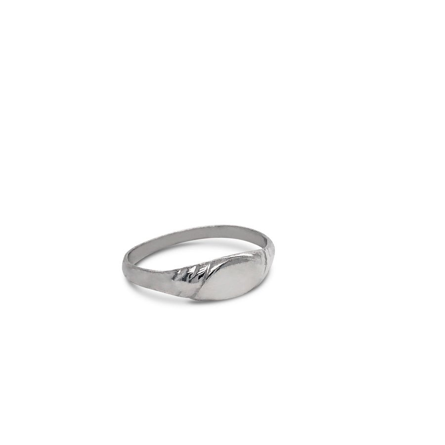Sideways Oval Twist Signet Ring