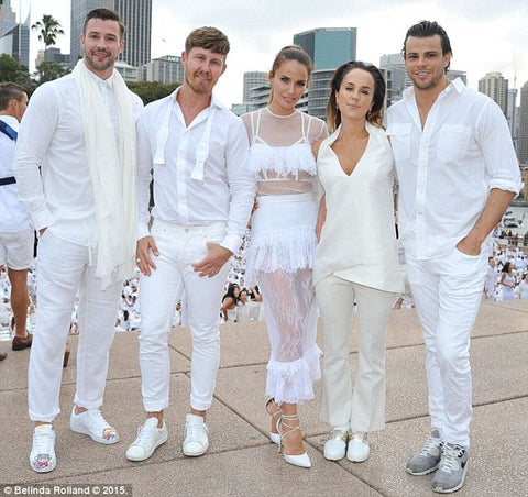Group of people wearing their white outfits at Diner En Blanc