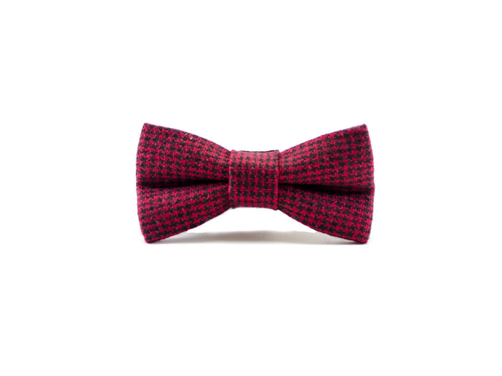 Red & Black Houndstooth  Bow Tie on white background| Parlour.Club