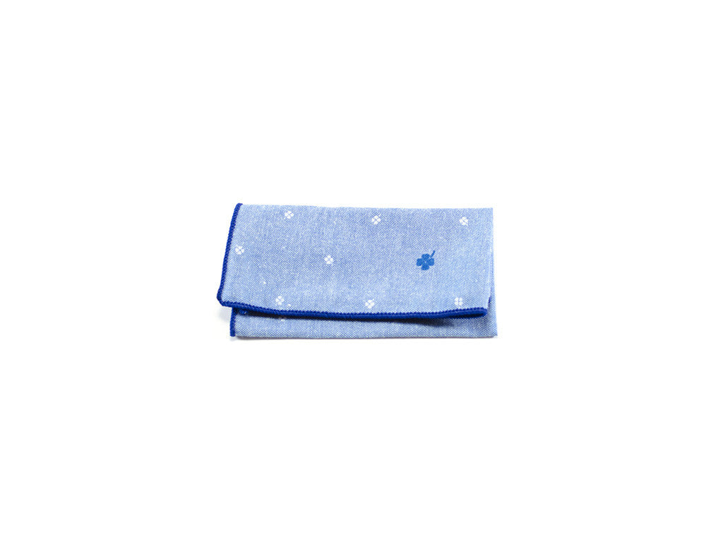 Pocket square light blue, dark blue piping and club patterns | Parlour.Club
