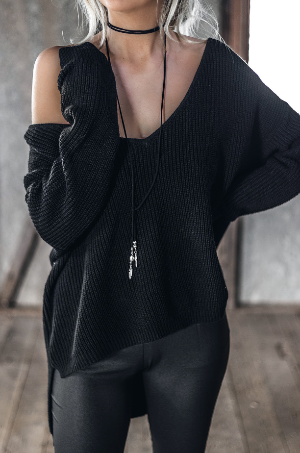 Black V-Neck Knitted Pullover - BEHIND HEMLINES