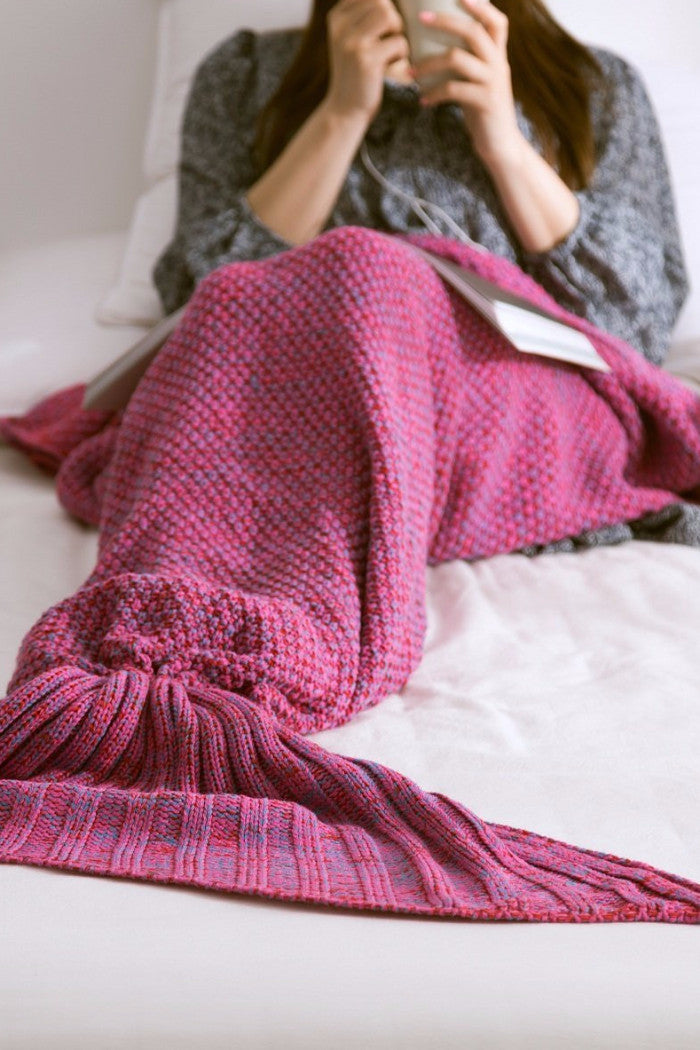 Rose Mermaid Tail Blanket - BEHIND HEMLINES