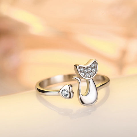 Lovely platinum plated cat ring