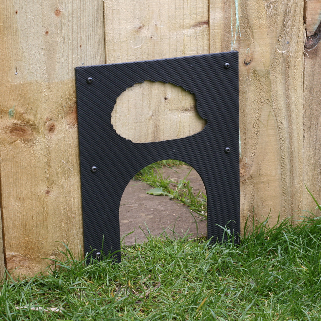 Eco Hedgehog Hole Plate