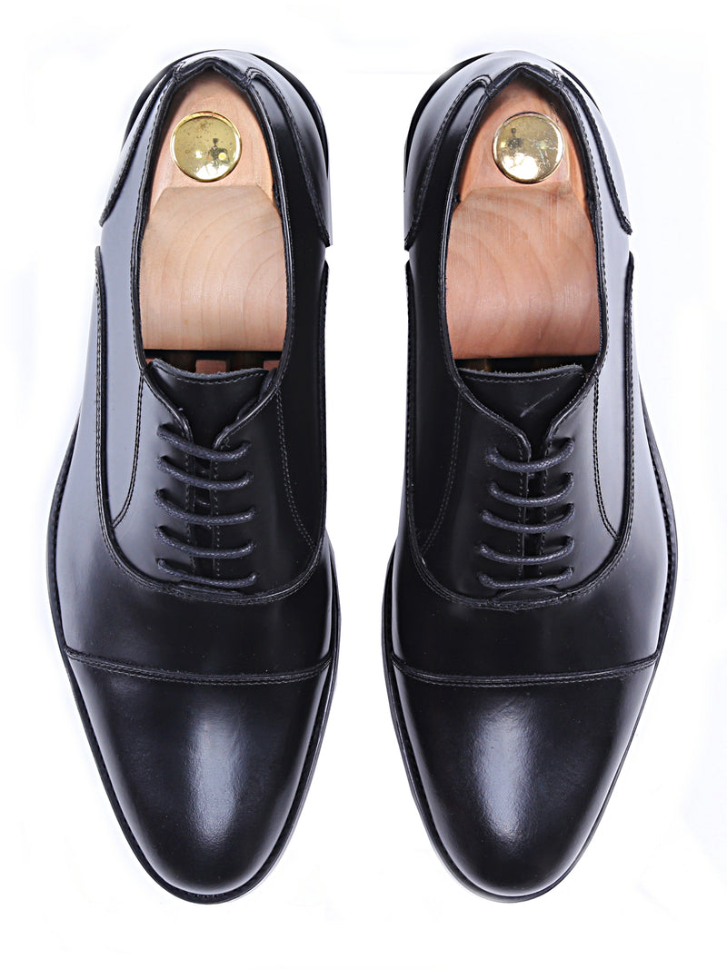 Oxford Cap Toe - Black Lace Up