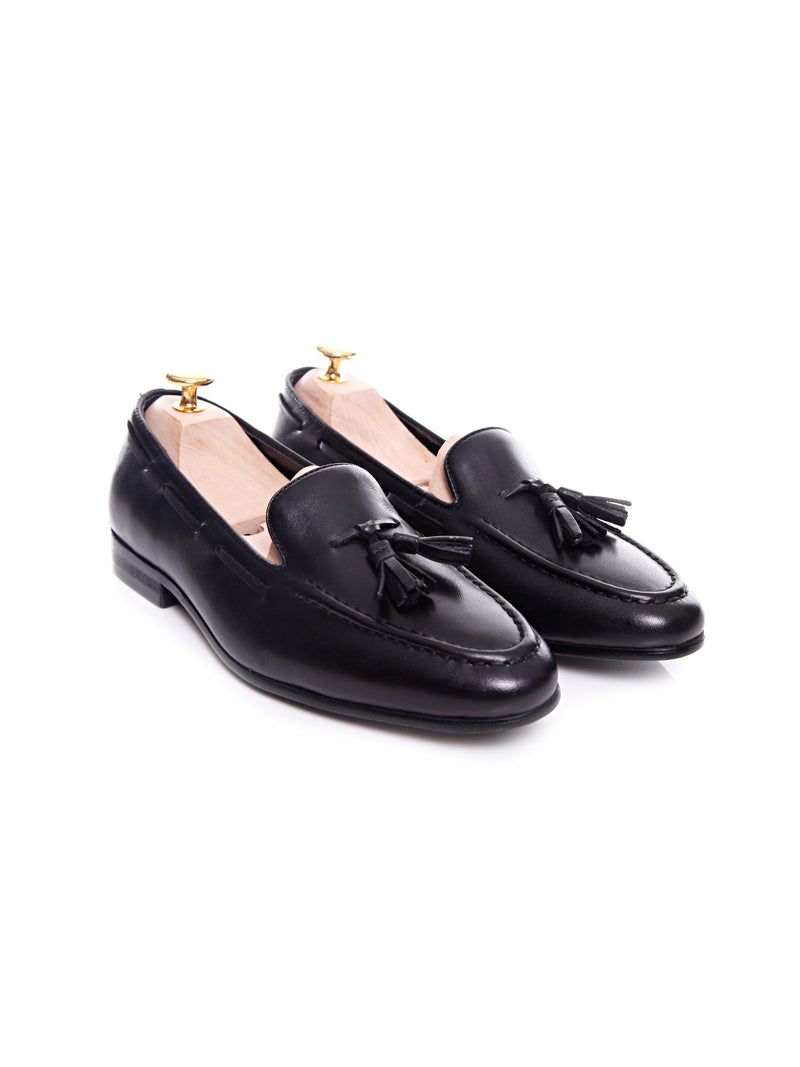 Women Tassel Loafer in Black