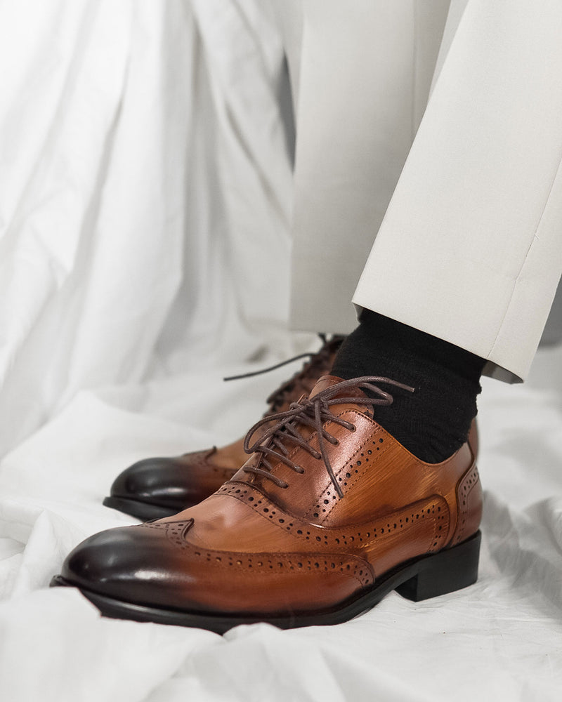 Oxford Brogue Wingtip - Cognac Tan Lace Up (Crust Patina)