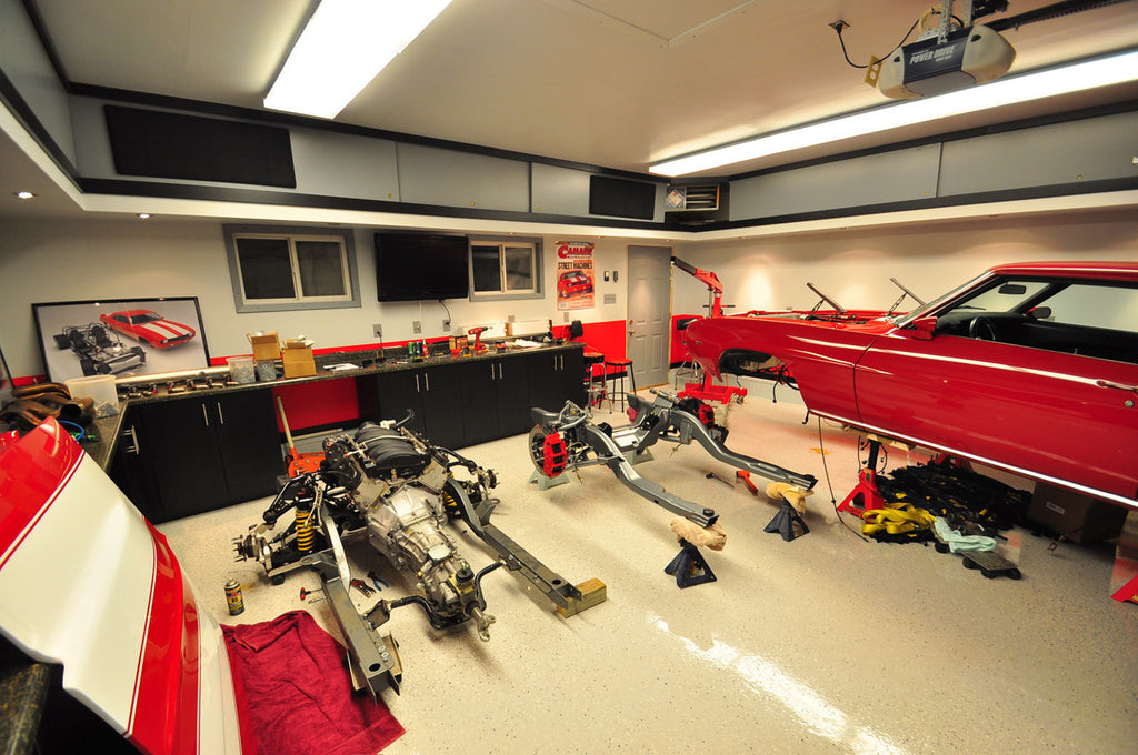 Top 10 Decorating Ideas For The Garage Auto Enthusiast